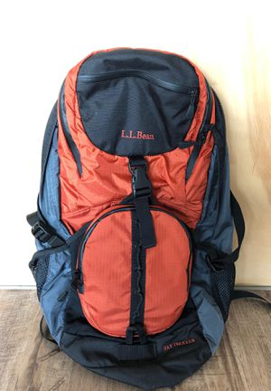 LL Bean Day Trekker camping - hiking backpack for Sale in Chicago, IL