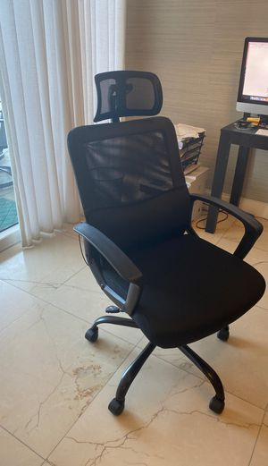 Cloth executive office chair for Sale in Bal Harbour, FL