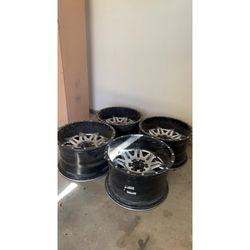 20x12 Fuel 2 piece universal rims for Sale in Fresno,  CA