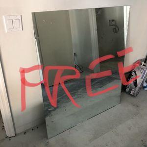 Free Vanity Mirror for Sale in Winter Garden, FL