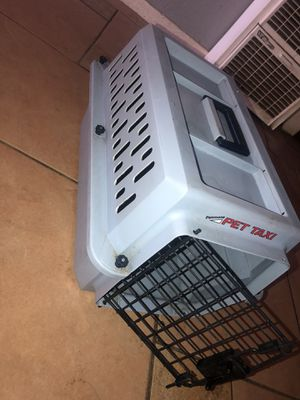 dog/cat travel crate for Sale in Fresno, CA