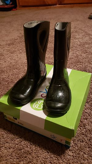 Black size 13 toddler/little kid rain boots for Sale in Downey, CA