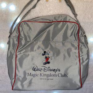 VINTAGE Walt Disney Bag for Sale in El Mirage, AZ
