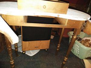 Antique Desk!!!!!!! for Sale in Gaston, SC