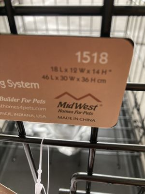 Small dog crate for Sale in Henderson, NV