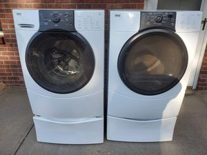 Kenmore washer and gas dryer set good working condition for Sale in Denver, CO