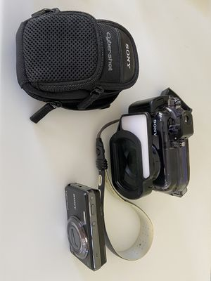 Sony cybershot camera and underwater housing for Sale in Silver Spring, MD