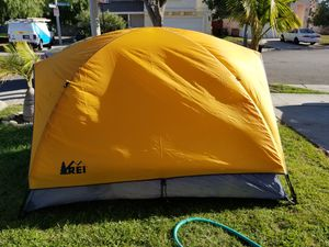 Rei two person tent for Sale in West Puente Valley, CA