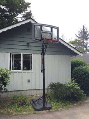 Basketball hoop for Sale in Tacoma, WA