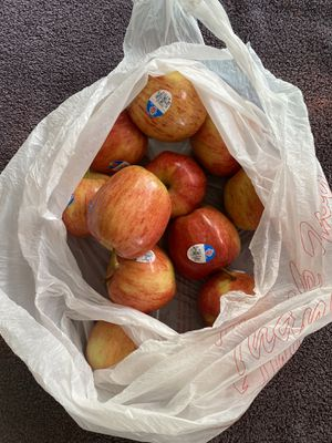 Bag of apples for Sale in Richmond, CA