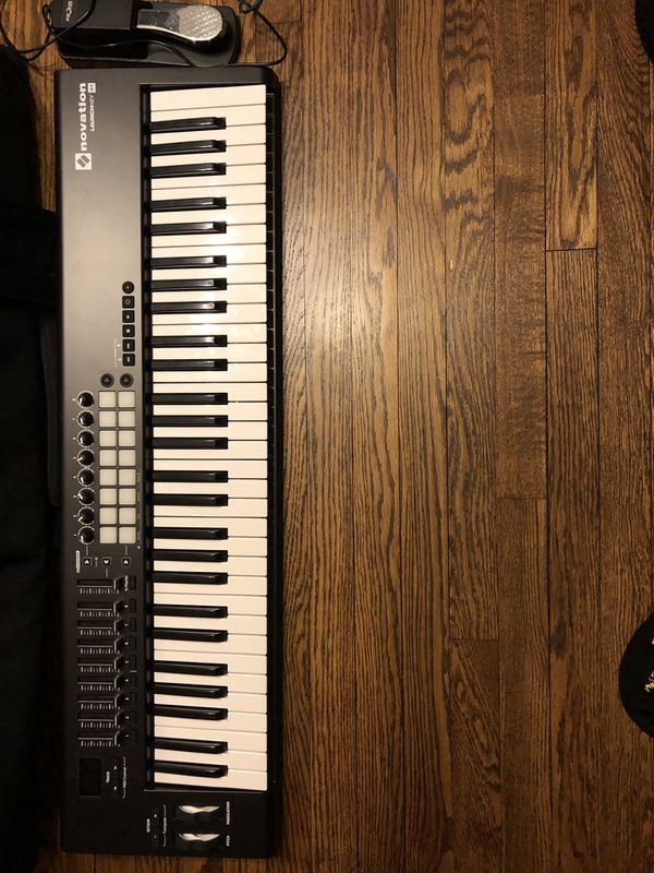 NOVATION LAUNCHKEY 61-keyboard controller