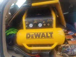 DeWalt 225 psi 4.5 gallon air compressor brand new never used for Sale in Oak Harbor, WA