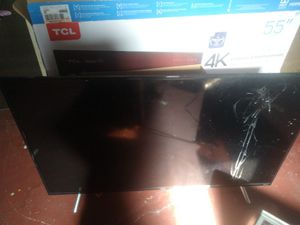 55 inch tcl Roku tv for Sale in Columbus, OH