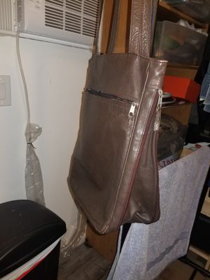 Previously owned but perfectly kept women's purses for Sale in Los Angeles, CA