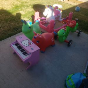 Radio Flyer And Bounce Horse for Sale in Chandler, AZ