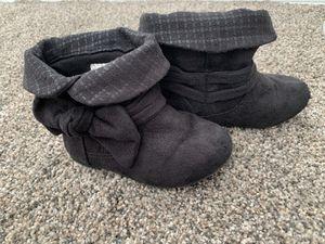 Girl boots size 6 for Sale in Spokane, WA