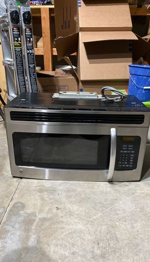 G.E Stove top Microwave for Sale in Hemet, CA