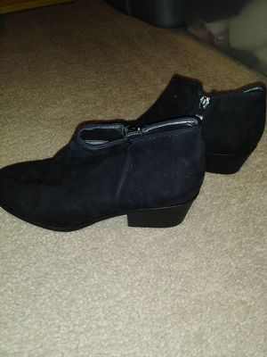Girl's Dress Shoes for Sale in Greenville, MS