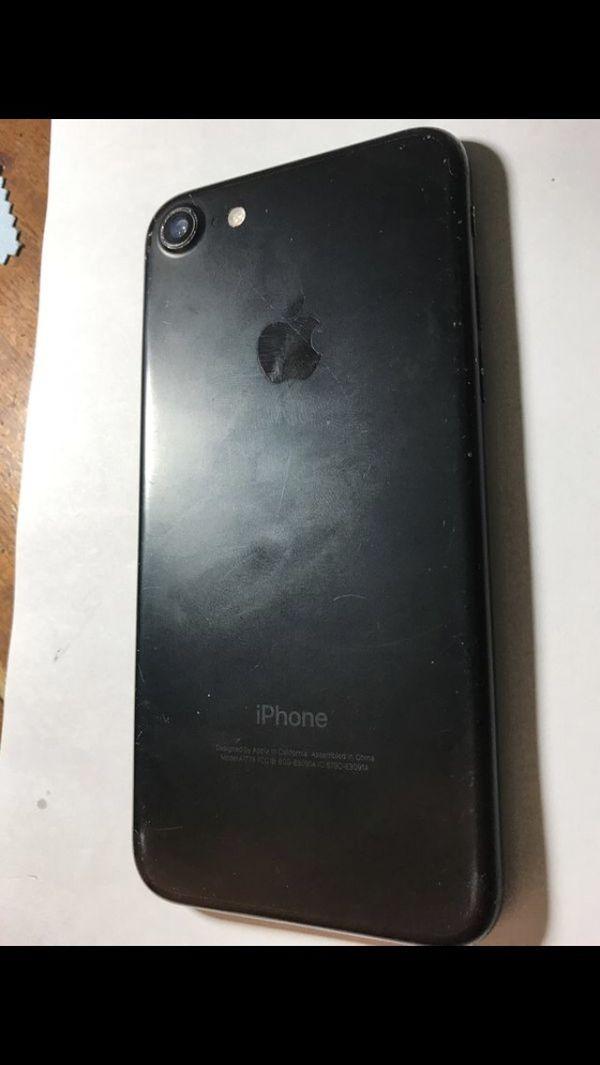 iPhone 7 (Carrier Unlocked)