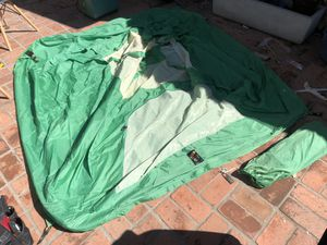Camping Tent 80x84 for Sale in Los Angeles, CA