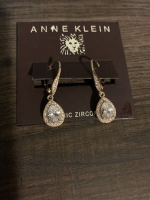Anne Klein Cubic Circonia earings for Sale in Los Angeles, CA