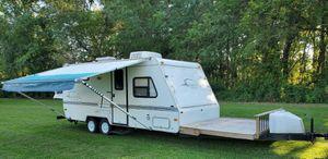 White Camper for Sale in McAllen, TX