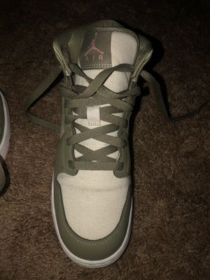 Jordan ones size 6.5 for Sale in San Bernardino, CA