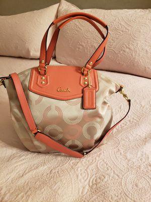 Brand new coach purse. for Sale in Steilacoom, WA