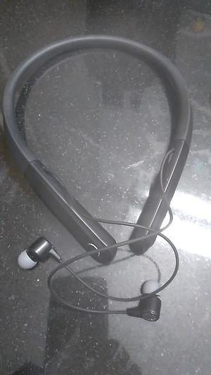 Blue tooth headphones. for Sale in Phoenix, AZ