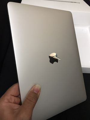 """LIKE BRAND NEW 2018 Macbook Air 13"""" Retina 