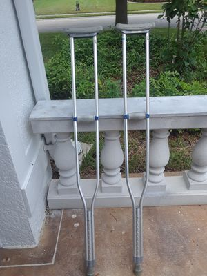 Aluminum crutches donated by veterans for Sale in Miromar Lakes, FL