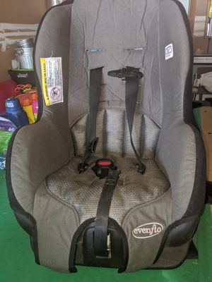 Evenflo Car Seat for Sale in Stone Mountain, GA