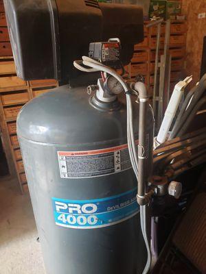 Pro 4000 air compressor for Sale in Bremerton, WA