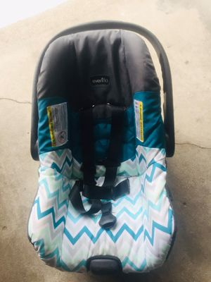 Evenflow car seat and fisher price bouncer for Sale in Grand Haven, MI
