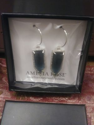 AMELIA ROSE SAPPHIRE SILVER EARING for Sale in McLean, VA