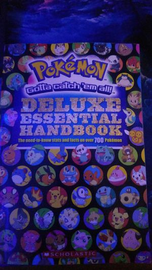 Pokemon DELUXE ESSENTIAL HANDBOOK for Sale in Phoenix, AZ