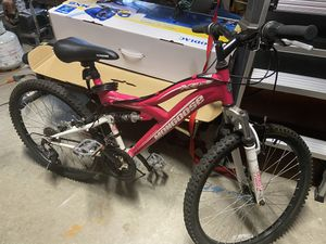 "Girls mongoose bike 24"" for Sale in Pompano Beach, FL"