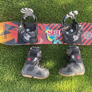 """Burton Boots And Snowboard 36"""" 12 Boots for Sale in Fresno, CA"""