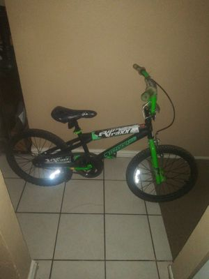 "7 ozone 500 riptraxx bmx bike. Boys 20"" for Sale in Carrollton, TX"