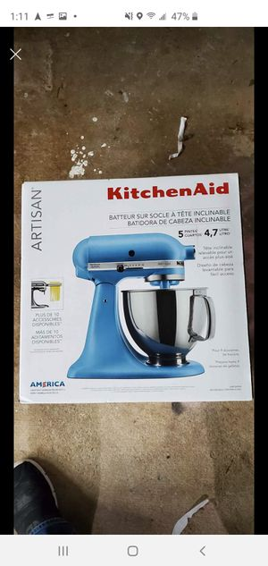 Brand New Beautiful Artisan Kitchen Aid Mixer for Sale in Houston, TX