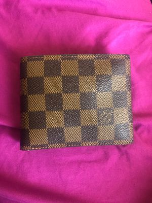 Louis Vuitton Wallet barely used for Sale in Dearborn, MI