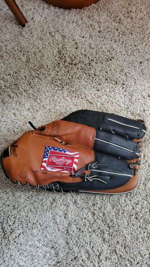 RAWLINGS VISE BASEBALL GLOVE (LEFT) for Sale in San Jose, CA