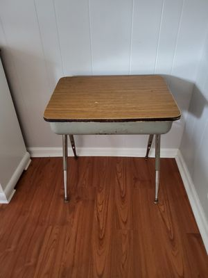 Student desk for Sale in Chesapeake, VA