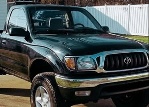 01 Toyota TACOMA - drives very smooth for Sale in Nashville, TN