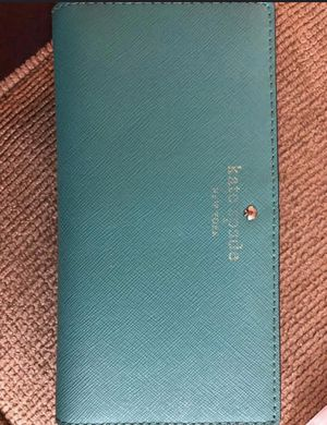 Authentic Kate spade wallet for Sale in Livonia, MI