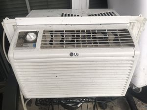 LG 5000 btu AC unit for Sale in Elkridge, MD
