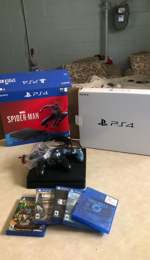 PS4 slim 1tb 6 games 2 controllers for Sale in Cleveland, OH
