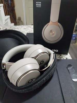 Beats Solo Pro Retail is $399 Must Sell!New In Box! for Sale in Houston, TX