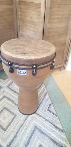 """16"""" Remo Djembe Drum with Roadrunner Backpack Carrying Case for Sale in Post Falls, ID"""
