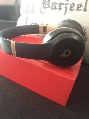 New Black Beats Solo3 Wireless Headphones for Sale in Austin, TX